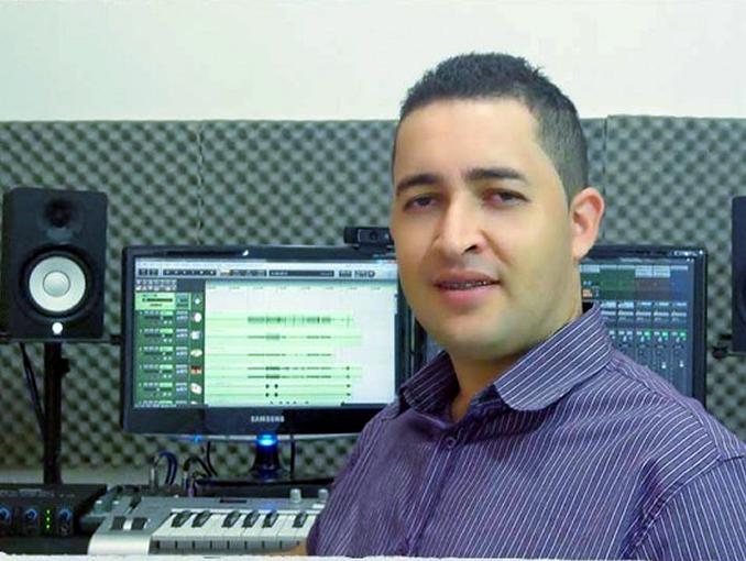 """Entrevista com o Produtor Musical """"Marcio Mourão"""""""